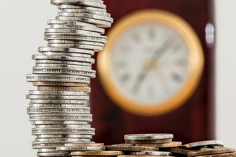 coins, currency, investment-1523383.jpg